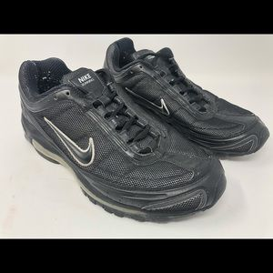 Nike running shoes black with shimmer 317383-001